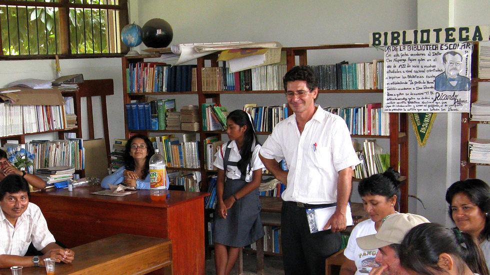 Luftiges Lesezimmer: Der Bestand der Schulbibliothek ist noch erweiterungsbedürftig