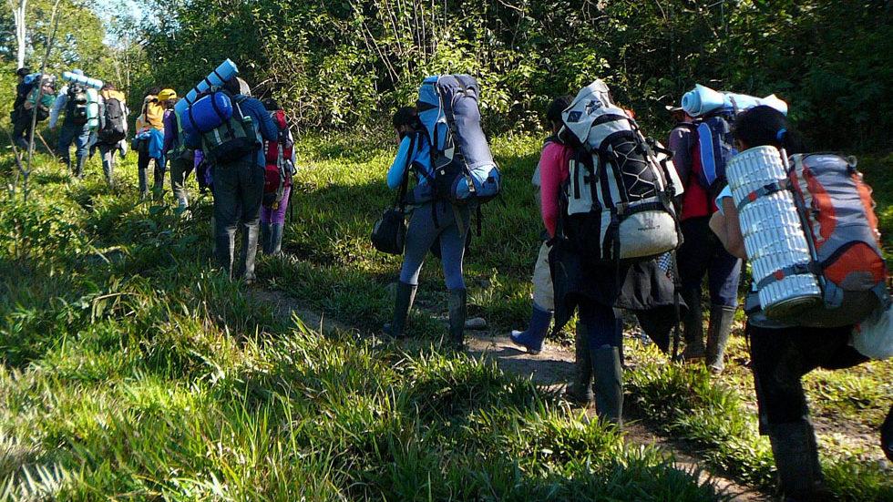 Abreise der Schülergruppe 2013 aus Panguana